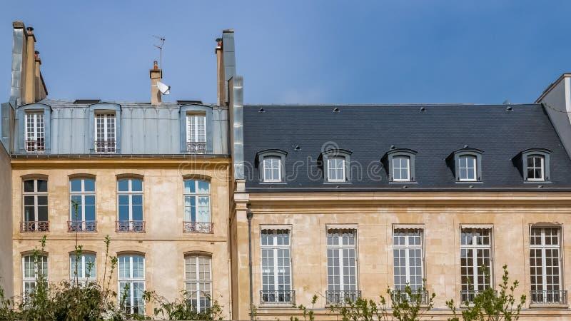 巴黎,美丽的大厦 免版税图库摄影