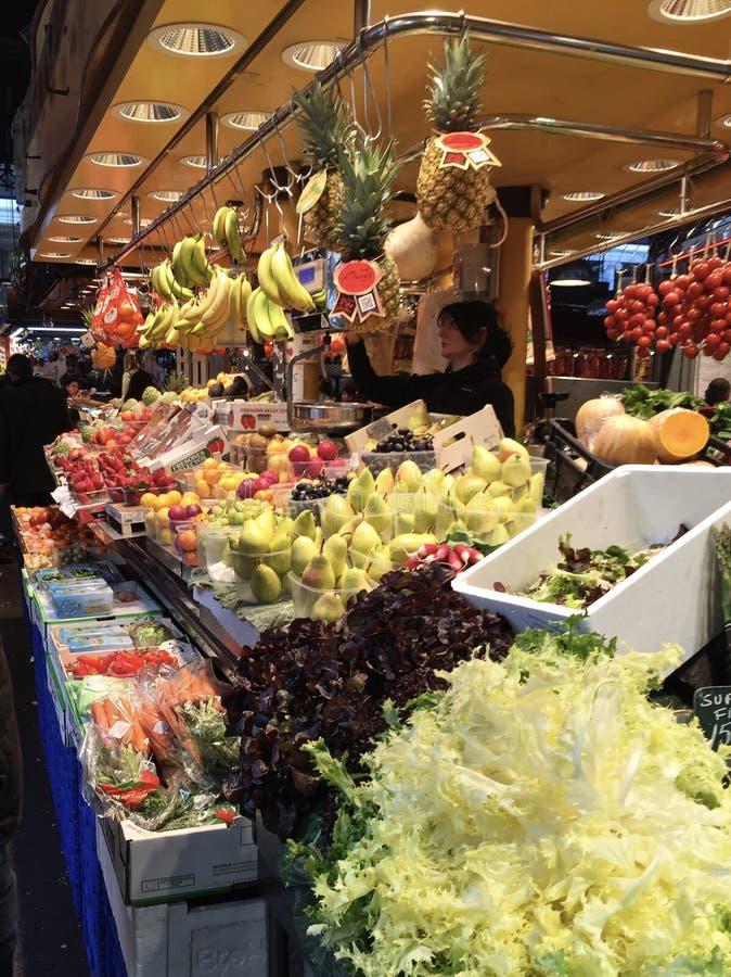 市场在巴塞罗那西班牙 免版税库存照片