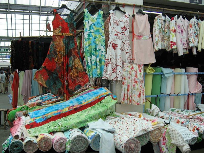市场纺织品 免版税库存照片