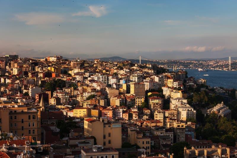 市日落的伊斯坦布尔在土耳其 免版税库存照片