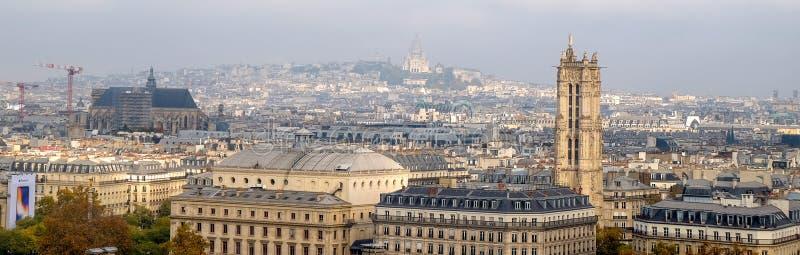 市的全景巴黎如被看见从Notre Dame大教堂 库存照片