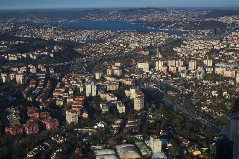 市的全景从观测台青玉的伊斯坦布尔 免版税图库摄影