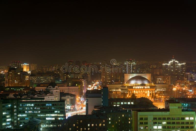 市的夜视图新西伯利亚 免版税库存照片