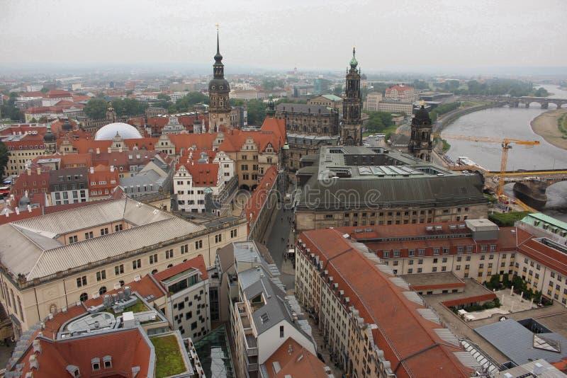 市的看法从Frauenkirche教堂钟塔的德累斯顿 图库摄影