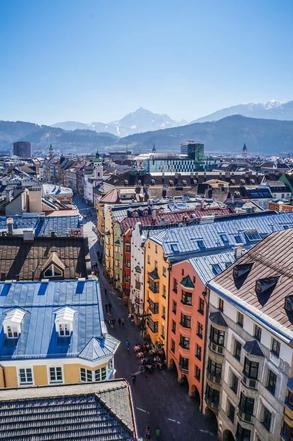 市的看法从屋顶的因斯布鲁克 免版税库存照片