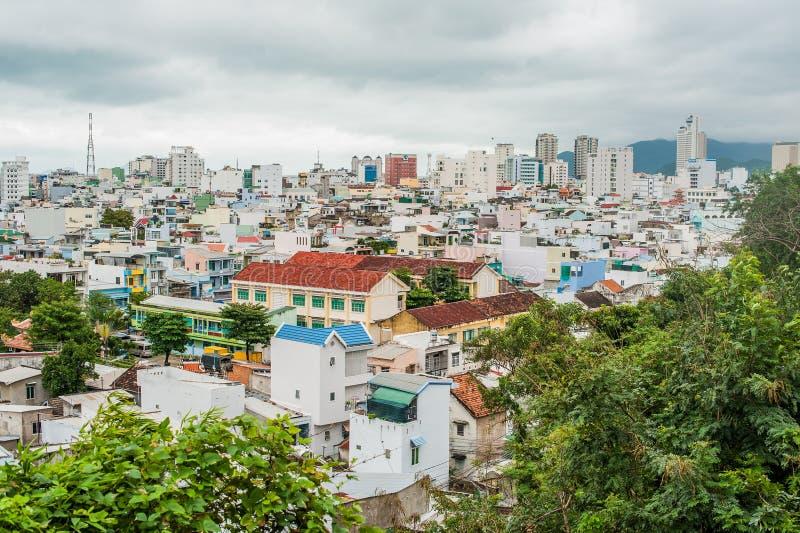 市的看法从高度的芽庄市越南 亚洲旅行概念 库存照片