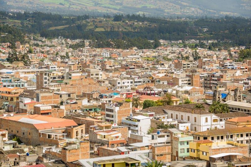 市的美好的全景室外看法Otavalo在厄瓜多尔 免版税图库摄影