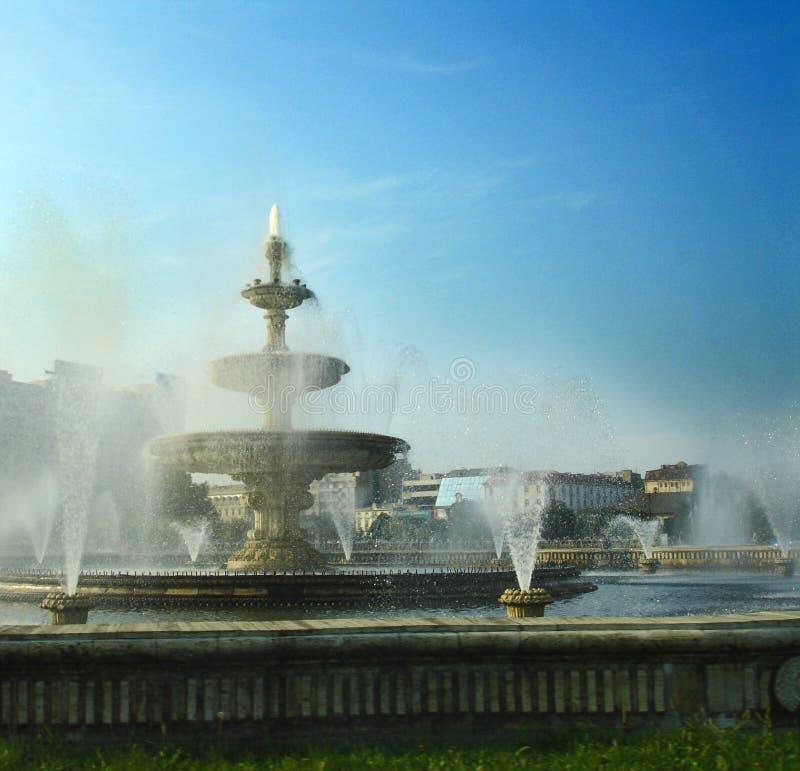布加勒斯特喷泉 免版税库存图片