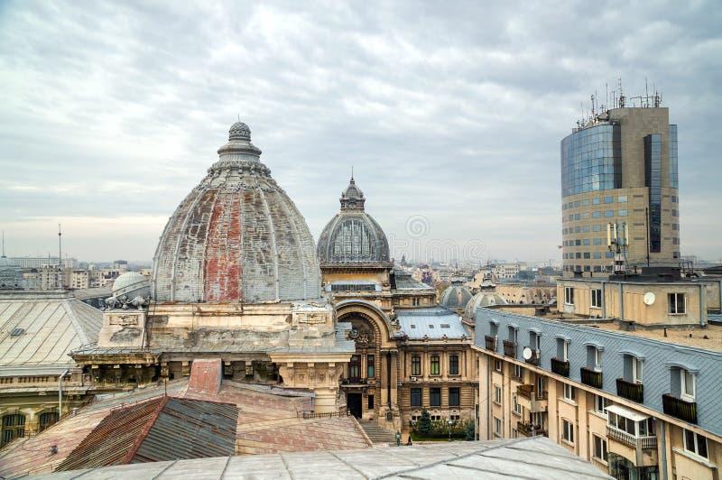 Download 布加勒斯特屋顶上面 库存图片. 图片 包括有 拱道, 大型装配架, 城镇, 封锁, 议会, 全景, 罗马尼亚 - 62531141