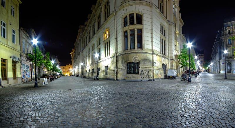 布加勒斯特老中心在晚上 库存图片