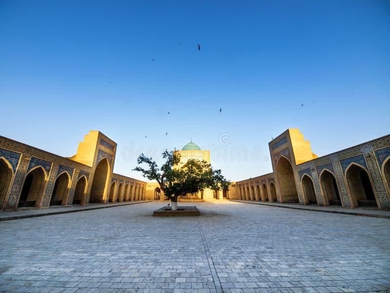 布哈拉kalon清真寺乌兹别克斯坦 库存照片