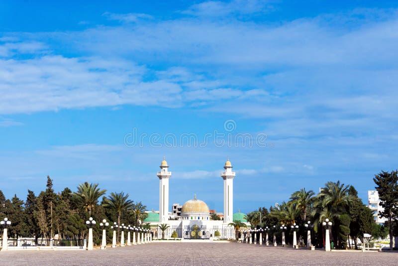 布尔吉巴陵墓的全视图在莫纳斯蒂尔,突尼斯 库存图片