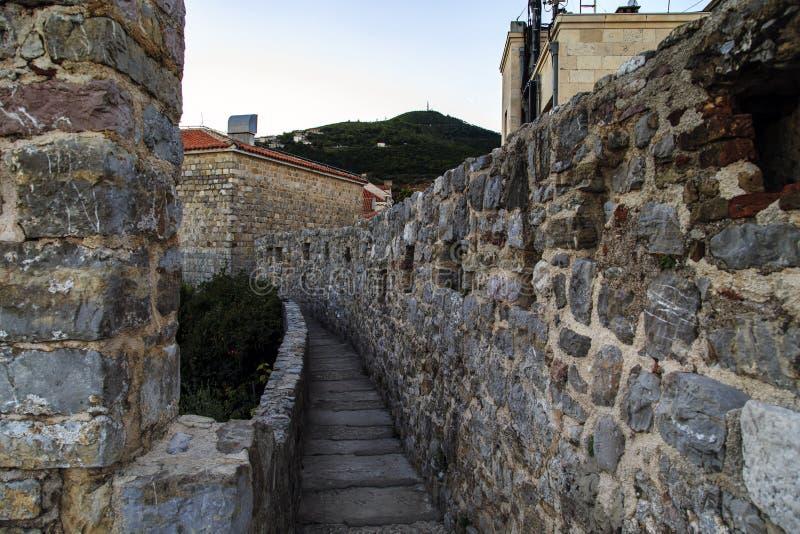布德瓦,黑山堡垒墙壁  库存照片