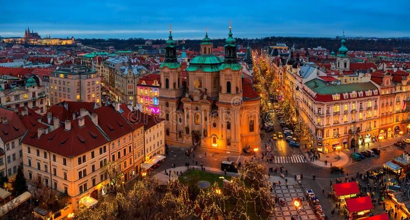 布拉格全景城市地平线视图  图库摄影