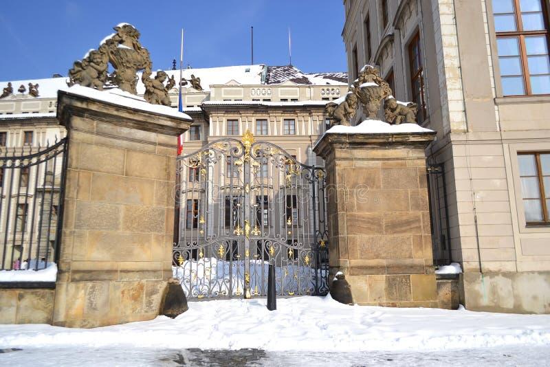 布拉格城堡的宫殿 免版税库存图片