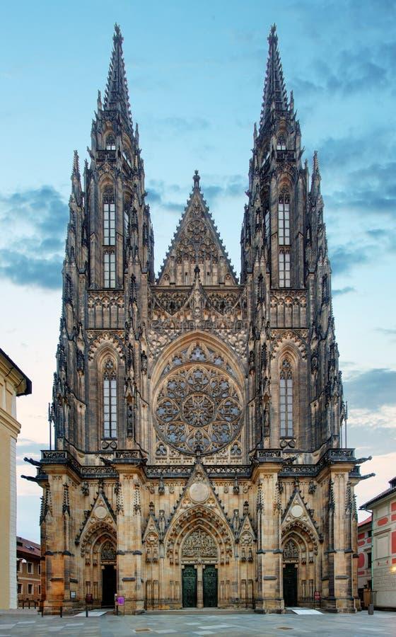 布拉格城堡的St Vitus大教堂在布拉格 库存照片