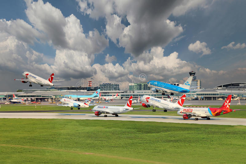 布拉格机场 免版税库存图片