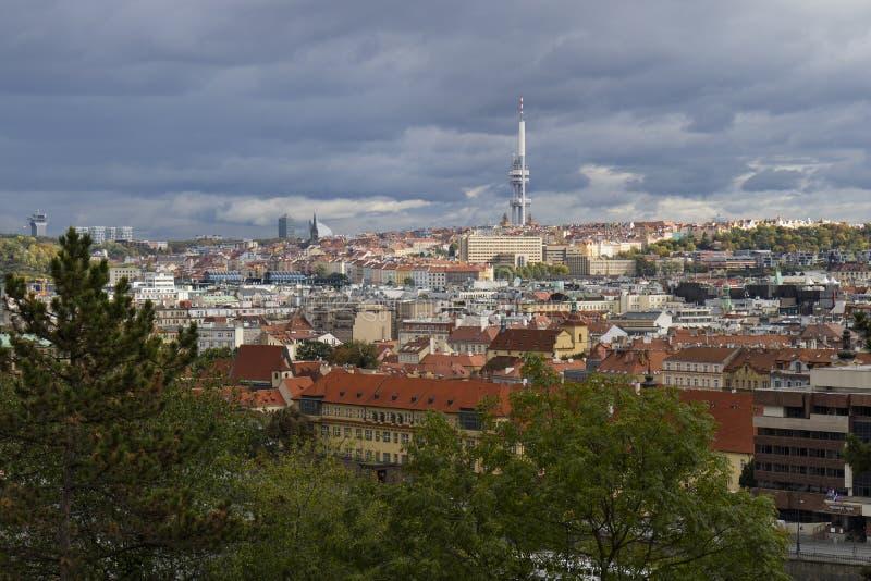 布拉格,捷克- 2017年10月8日:Zizkov电视towe 免版税库存图片