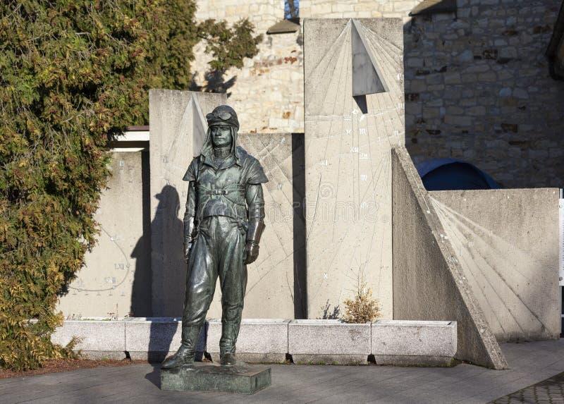 布拉格,捷克- 2015年12月23日:纪念碑米兰Stefanik照片  库存照片