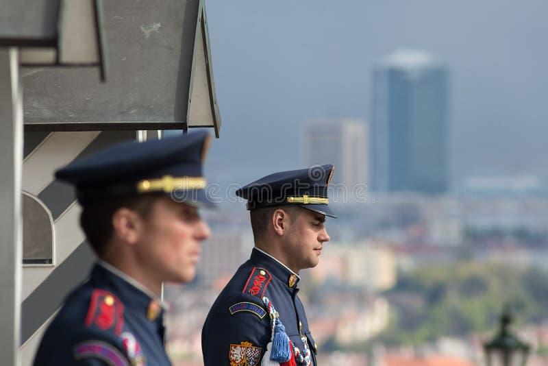布拉格,捷克- 2016年4月24日:总统城堡Gua 免版税库存照片