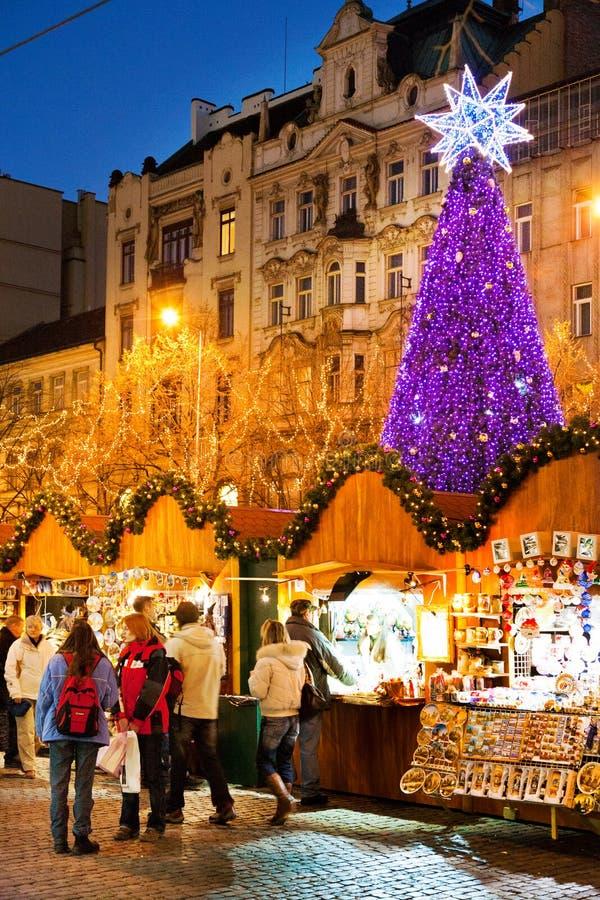 布拉格,捷克REPUBLIC-JAN 05日2013年:布拉格圣诞节市场 库存照片