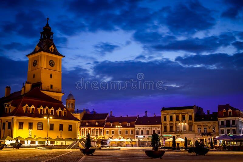 布拉索夫老镇,有中世纪建筑学的在特兰西瓦尼亚,罗马尼亚 免版税库存照片