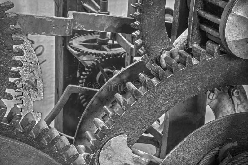 布拉索夫-老钟表机构细节从塔时钟的在圣Martins大教堂 库存照片