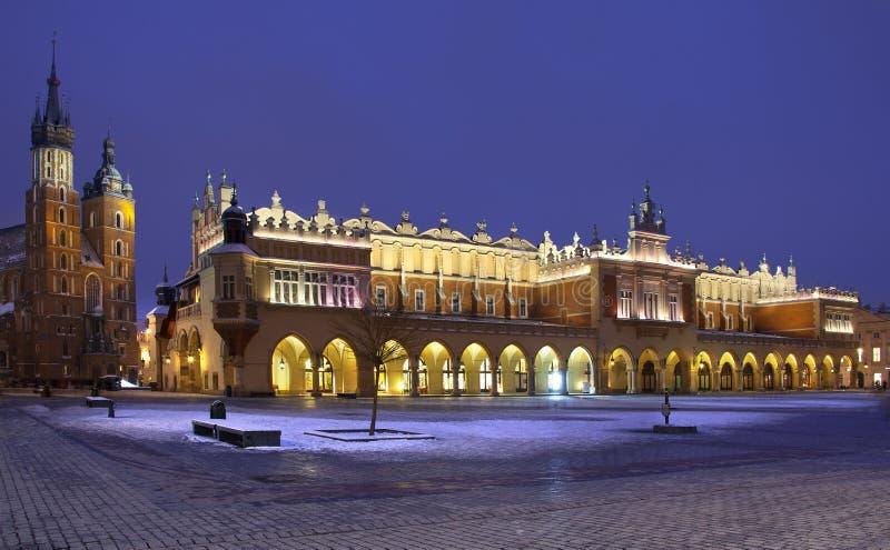 布料glowny大厅克拉科夫波兰rynek 免版税库存照片