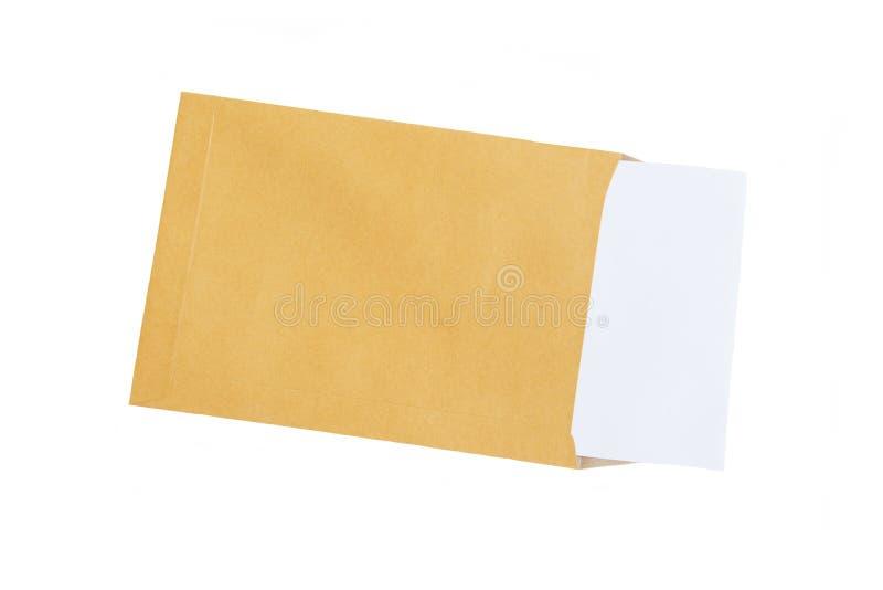布朗信封和纸笔记孤立在白色背景 库存照片