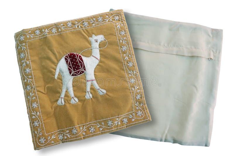 布朗骆驼印刷品坐垫盖子 免版税图库摄影