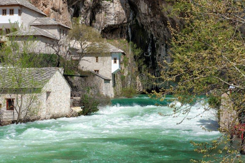 布纳河来源的伊斯兰教苦行僧修道院 免版税库存照片