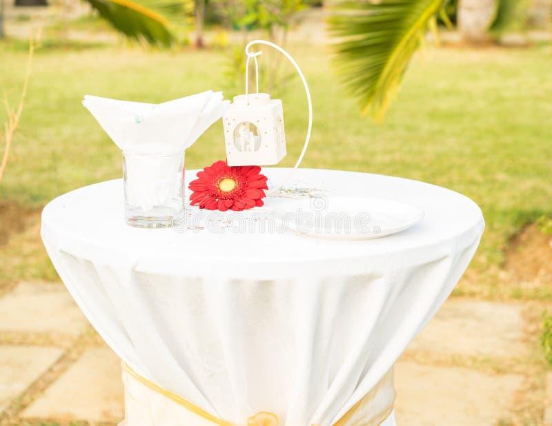 布置的美丽的桌FOT婚姻 库存照片