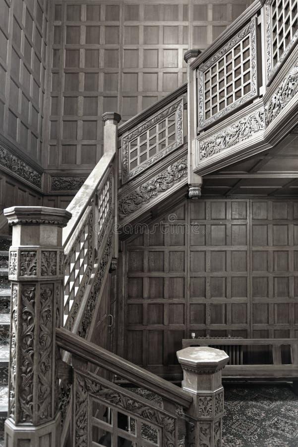 布莱切利园,葡萄酒木楼梯 库存图片