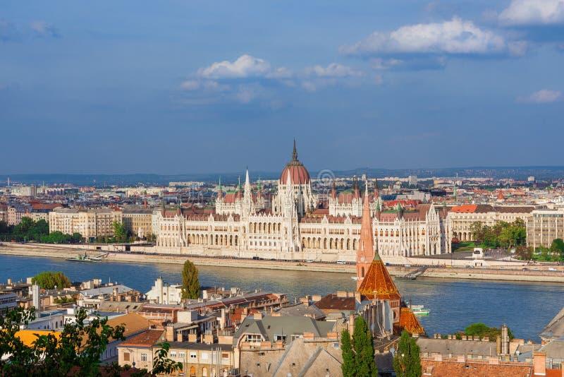 布达佩斯和多瑙河全景 库存图片