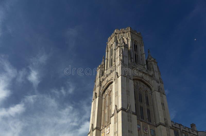 布里斯托尔,英国,2019年2月21日,在布里斯托大学的威尔斯纪念大楼塔 图库摄影