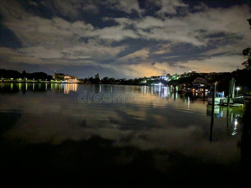 布里斯班河夜间诺曼底公园 免版税库存图片