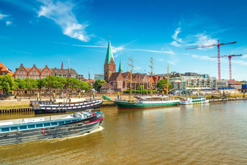 布里曼,历史木帆船都市风景有老建筑学的 免版税库存照片