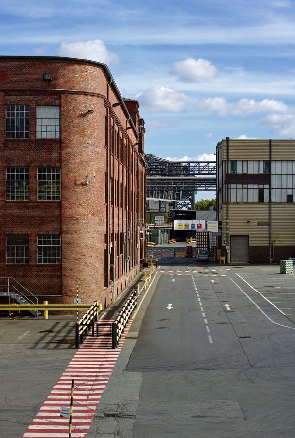 布里曼,德国- 2018年10月7日, -属于贝克` s啤酒厂的历史的砖瓦房 图库摄影