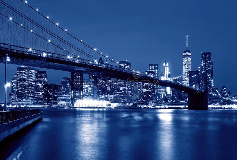 布鲁克林大桥在晚上,纽约,美国 图库摄影