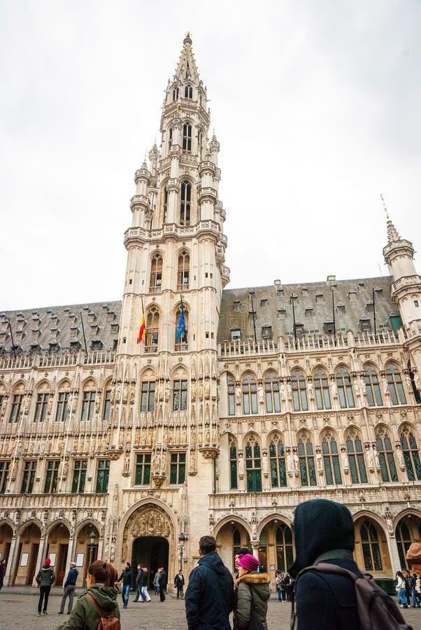 布鲁塞尔大广场和市政厅 图库摄影