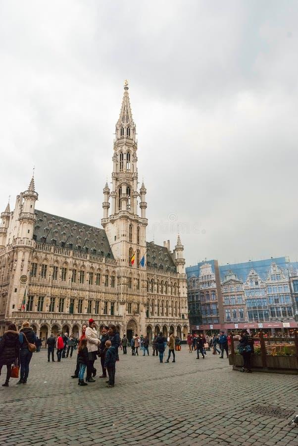 布鲁塞尔大广场和市政厅 免版税图库摄影