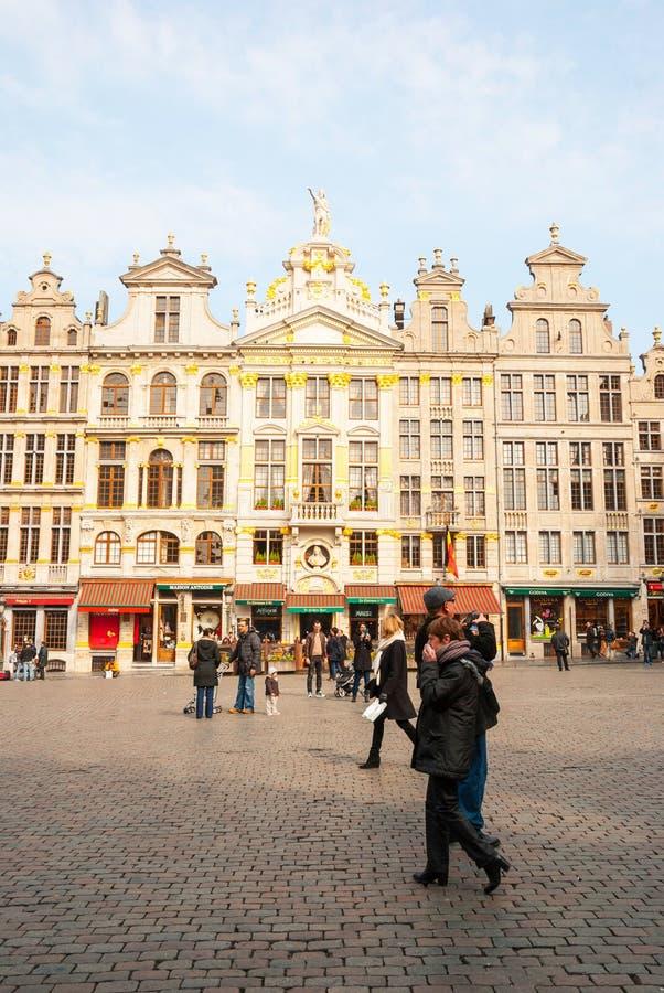 布鲁塞尔大广场的人们 库存照片