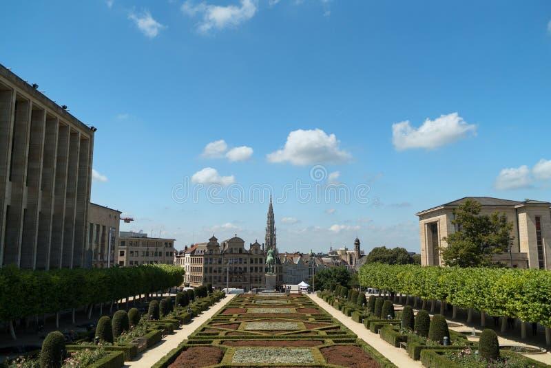 布鲁塞尔市地平线在艺术山庭院,布鲁塞尔里 免版税库存图片