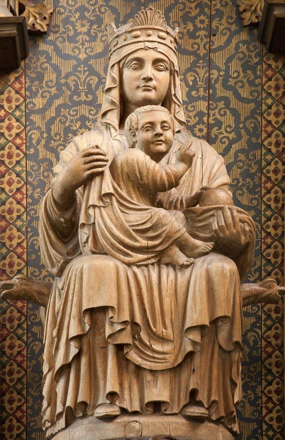 布鲁塞尔-作为上帝的母亲的圣女玛丽亚。 免版税库存图片