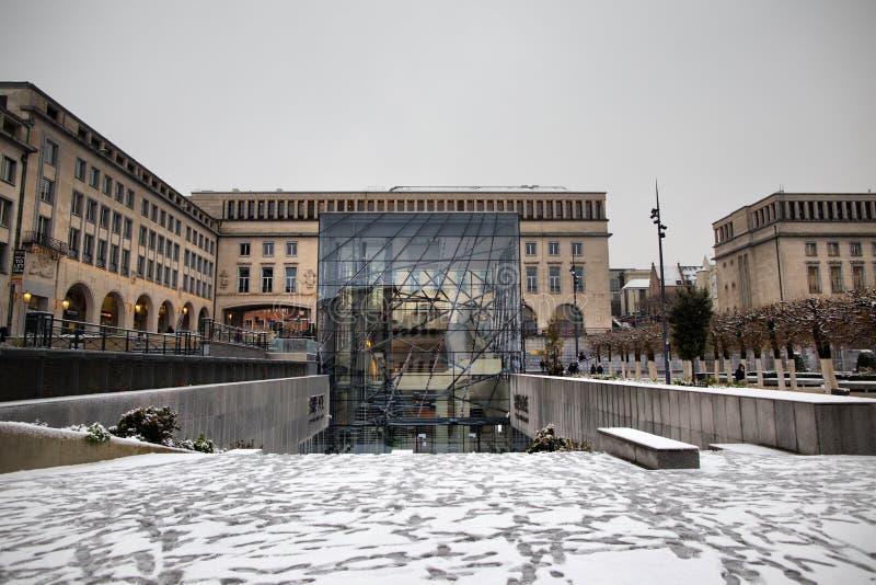 布鲁塞尔- 12月10 :在Mont在雪报道的des艺术的会议中心 2017年12月拍的照片5日在布鲁塞尔,比利时 免版税库存照片