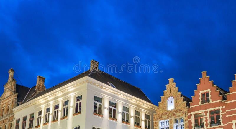 布鲁日大厦五颜六色的建筑学  图库摄影