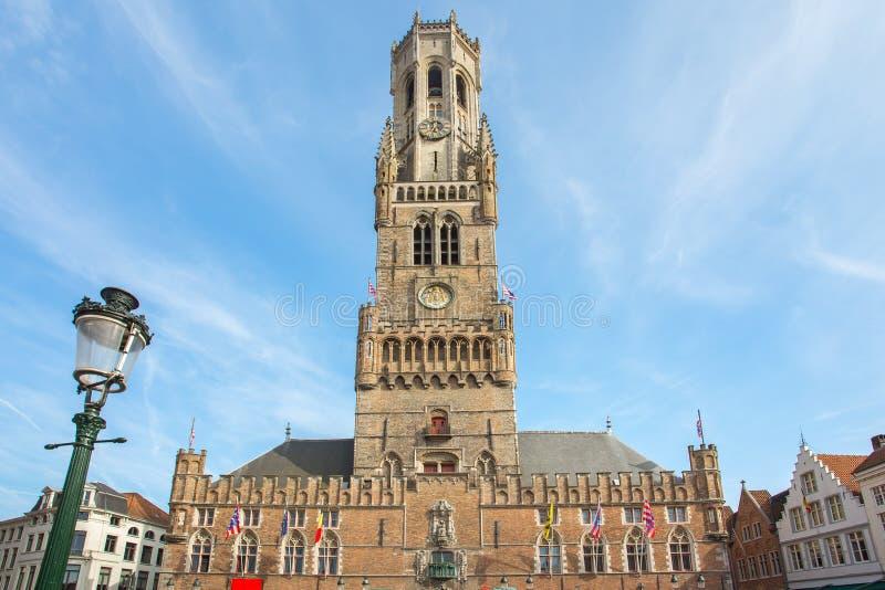 布鲁日钟楼在集市广场在比利时 库存图片