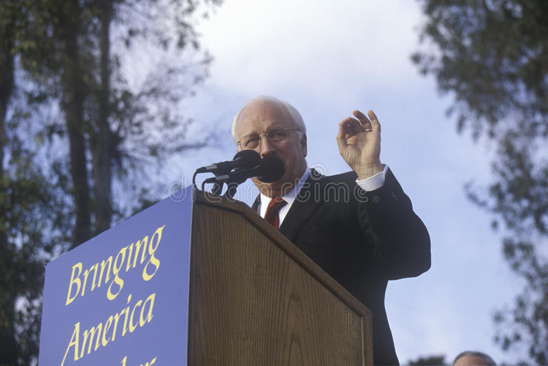 布什/切尼竞选的迪克・切尼集会在Costa Mesa,加州, 2000年 库存照片