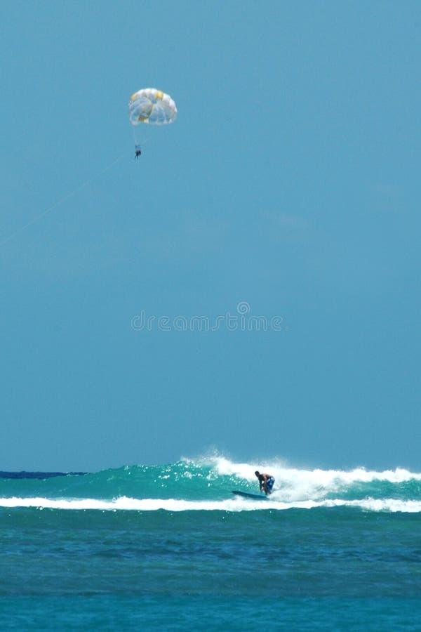 帆伞运动冲浪 免版税图库摄影