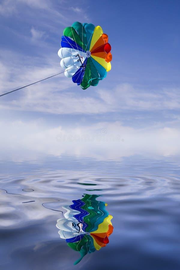 帆伞运动降伞。 免版税库存照片